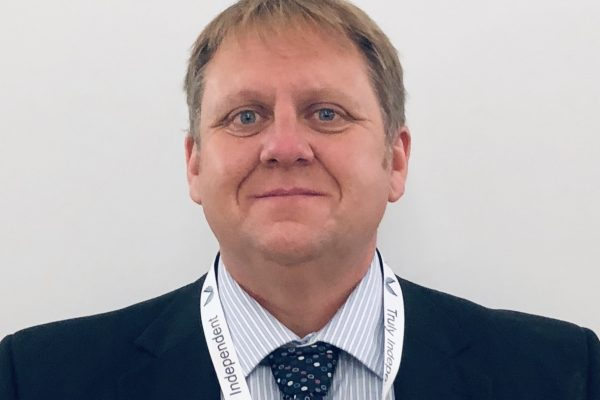 independent financial adviser in Sheffield - simon tayloy